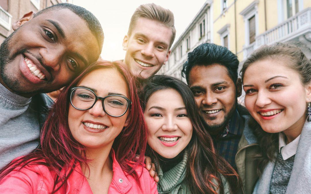 Lutte contre la précarité chez les jeunes : faire valoir ses droits sans les connaître ou en bénéficier ?